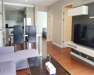 (RENT) 2 bedrooms, 60sqm.,Located within 5mins walk from Central rama9 and MRT rama9 stati...