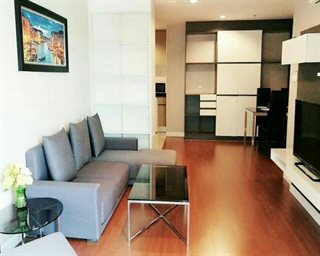 (Condo for rent) 2 bedrooms, 70sqm.,Located just few steps away from Central rama9 and MRT...